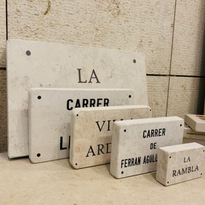 placas de piedra natural homenaje tamaños